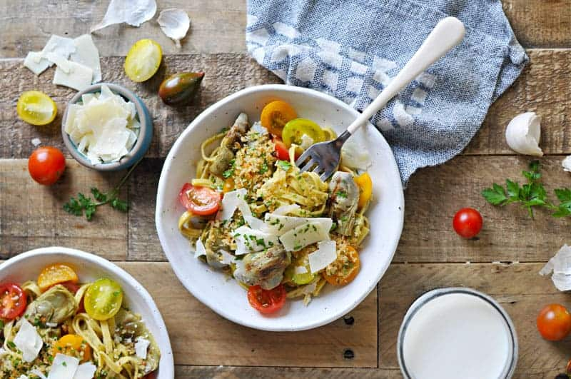 Grilled Artichoke and Cherry Tomato Pasta with Parm, Parsley + Garlic Toast Crumbs from @thepigandquill | via thepigandquill.com | #summer #vegetarian #brunch