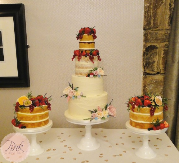 gradiented-semi-naked-wedding-cake-table