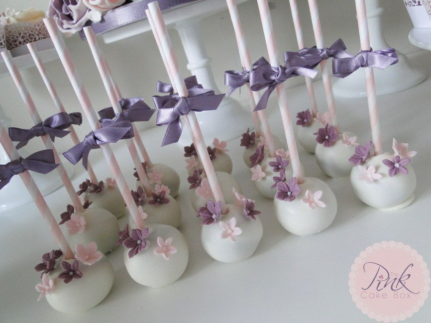 heather-and-blush-cake-pops