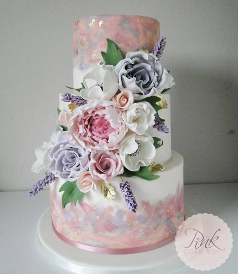 watercolour-wedding-cake-with-sugar-flowers
