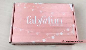 womens-beauty-subscription-box-fabfitfun-winter-2015