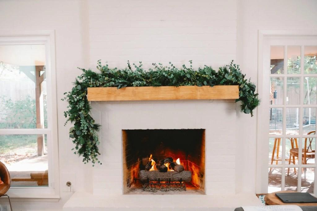 How to make a modern Christmas garland