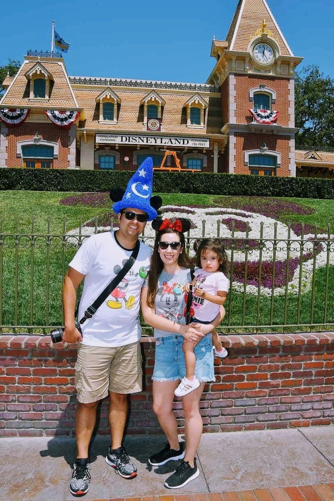 first time in disneyland with a Toddler