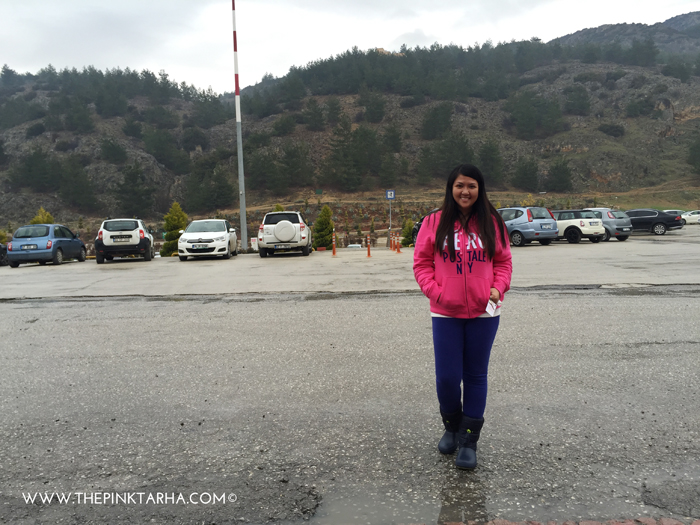 Standing under a drizzle outside the Colossae Hotel (thank you Aeropostale for The Pink tarha discount; I got to wear this very pink sweater in Pamukkale, haha!)