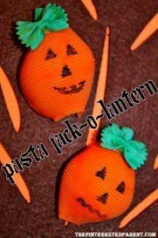 pasta-jack-o-lantern