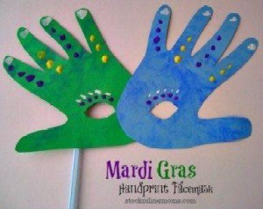Mardi-gras-Handprint