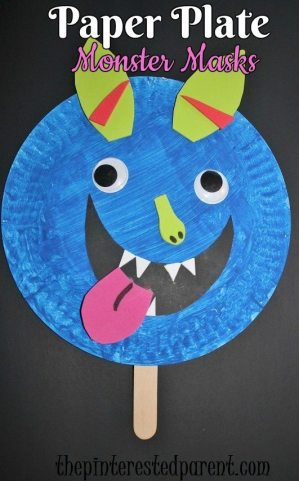 Paper plate monster masks for Halloween - kid's crafts