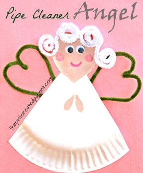 pipe cleaner and paper plate angel craft. Christmas and winter arts and crafts projects for kids. THis could be made into a fairy as well.
