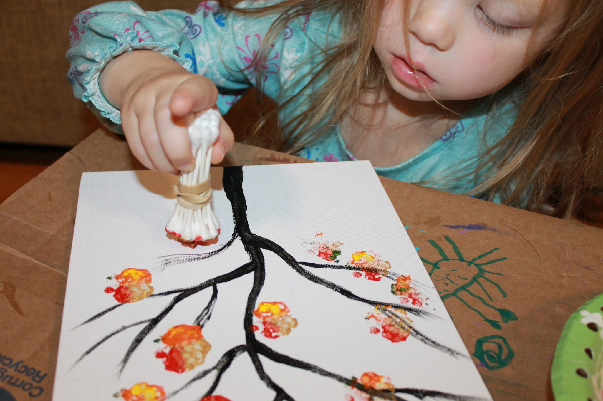 fall tree painted with bundled q-tips - autumn arts & craft projects for ...