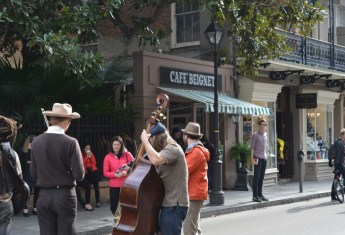 A Guide to New Orleans for First Time Visitors