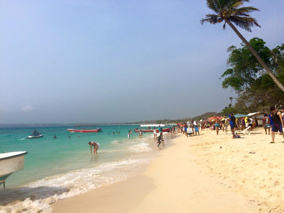 playa-blanca-beach-cartagena-colombia