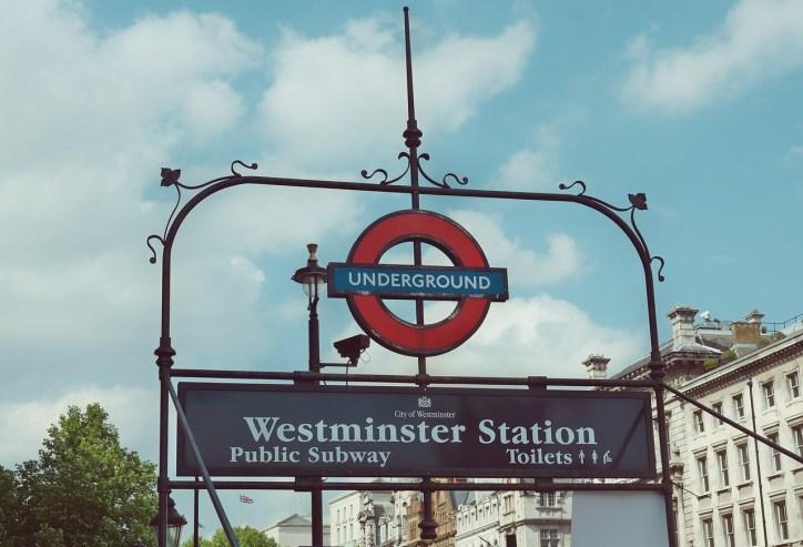 metro-821809_1280