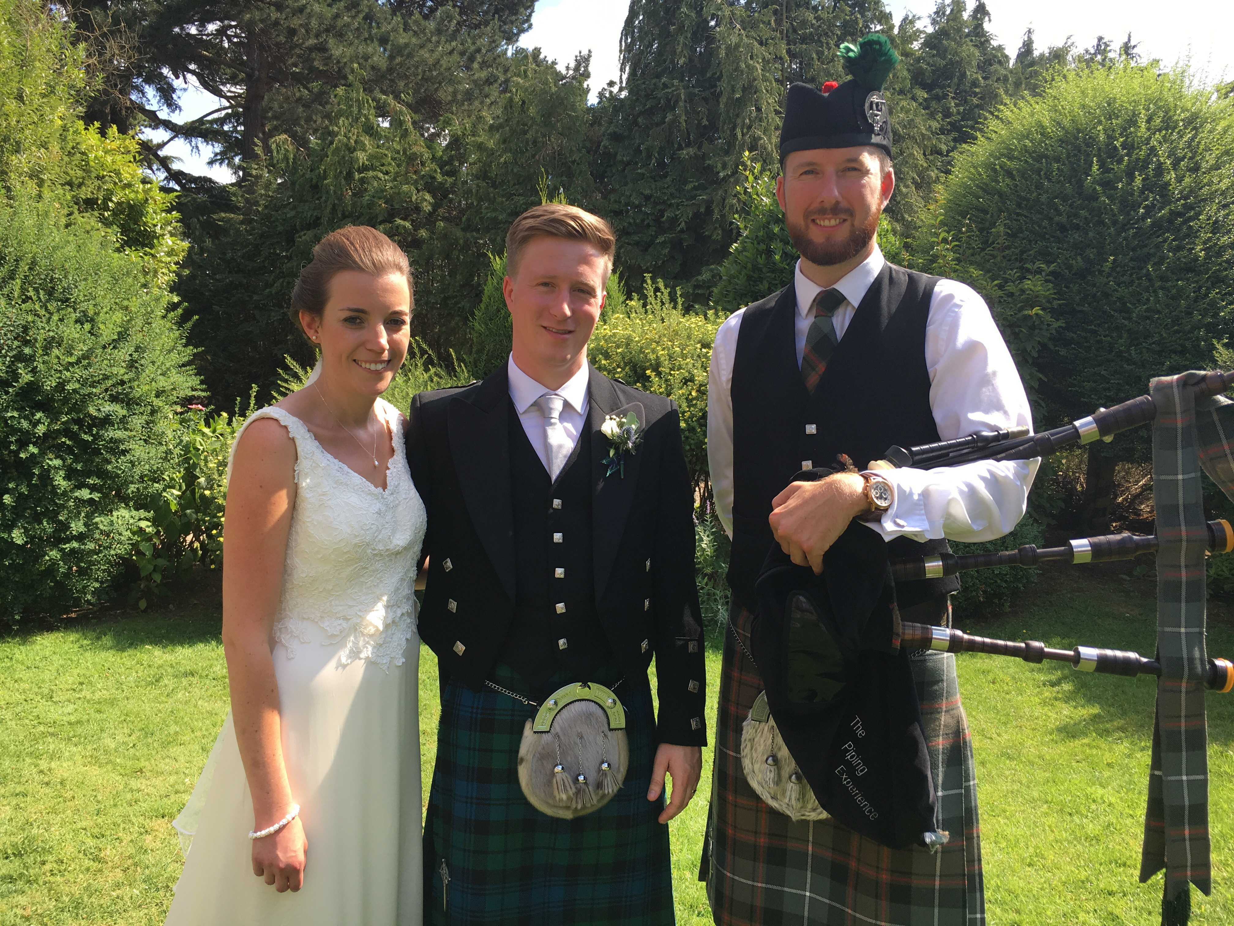Matthew McRae - Hire a wedding bagpiper