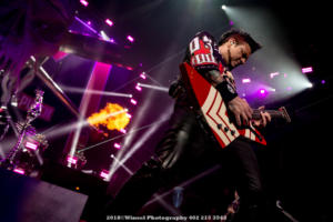 2018, Nov 22-Five Finger Death Punch-Pinnacle Bank Arena-Winsel Photography-6791