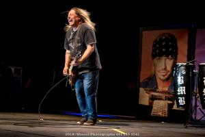2018, Mar 31-Bret Michaels-MidAmerica Center-Winsel Photography-0952