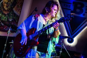 2019, Aug 23-Lauren Anderson-B Bar Omaha-Winsel Photography-3