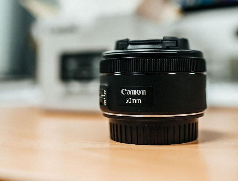 Best Beginner Photography Lens and best lens for product photography Canon is the Canon EF 50mm f/1.8