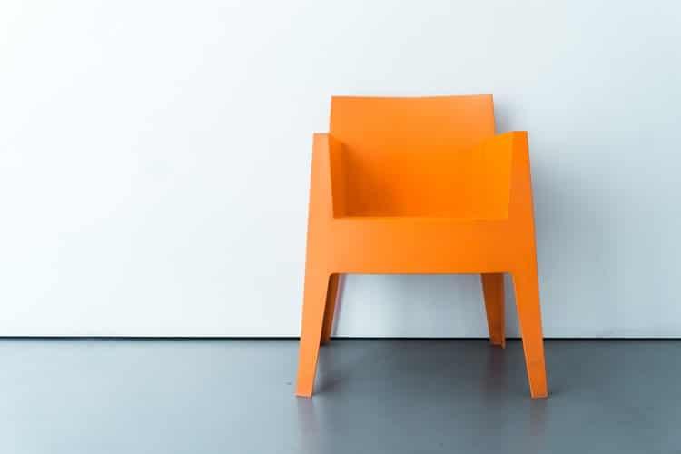 C:\Users\Hassan Sheikh\AppData\Local\Microsoft\Windows\INetCache\Content.Word\painted chair.jpg