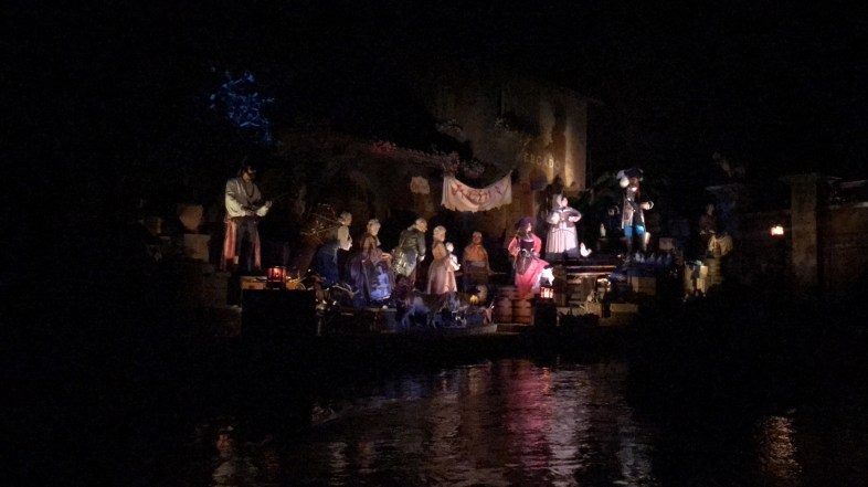 Video of New Pirates of the Caribbean Auction Scene at Magic Kingdom