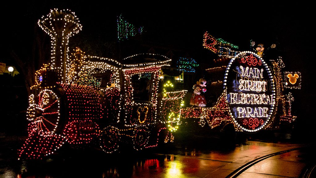 Breaking: Main Street Electrical Parade Returns to Disneyland for Limited Time