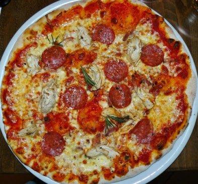 Tre Gusti Pizza from Prezzo Tre Gusti Pizza Review