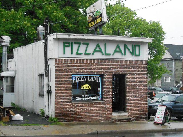 Pizza Land Soprano S Joint In North Arlington Nj Delivers