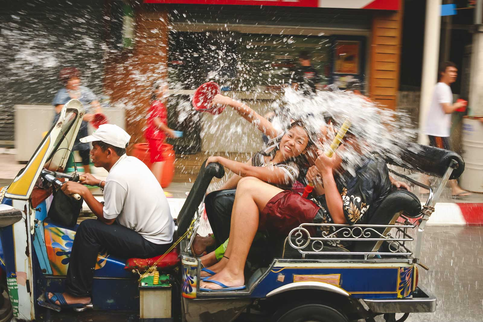 throwing water at songkran festival