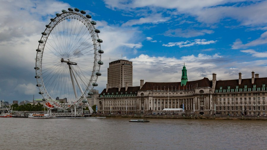 where to stay in london eye best areas