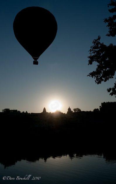things to do udaipur | hot air ballooon