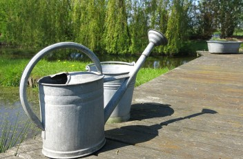 watering-can-392510_1280