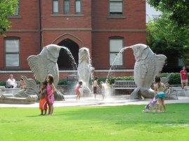 Ch- Fish Fountain