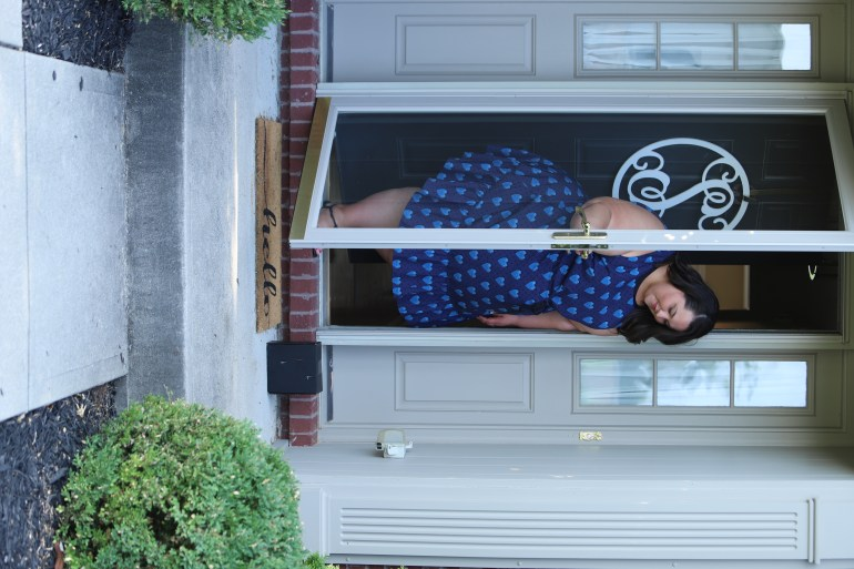 Miranda Schultz of The Plus Life Blog opens her front door to find an unmarked package on her doorstep.