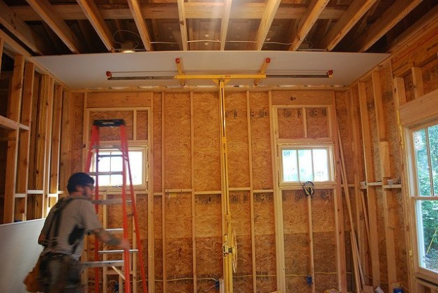 Plywood or Drywall    ThePlywood com osb  board  wall  structure  room  house  drywall  installing