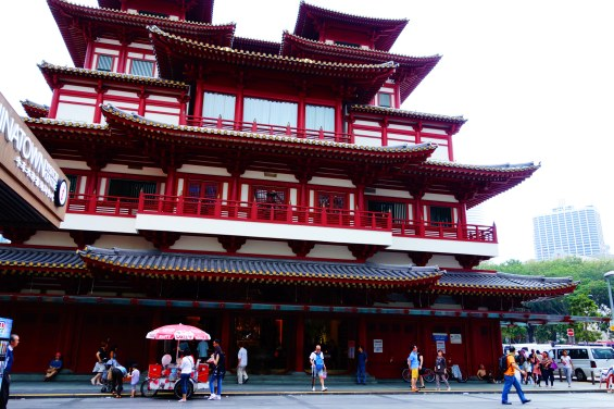 Buddha Tooth Relic Temple in China Town.