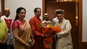 Uddhav Thackeray with wife and BS KoshyariUddhav Thackeray with wife and BS Koshyari