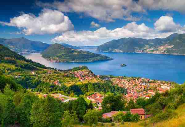 Lake Iseo in the Alps. (Photo by Andrew Mayovskyy / Getty Images)