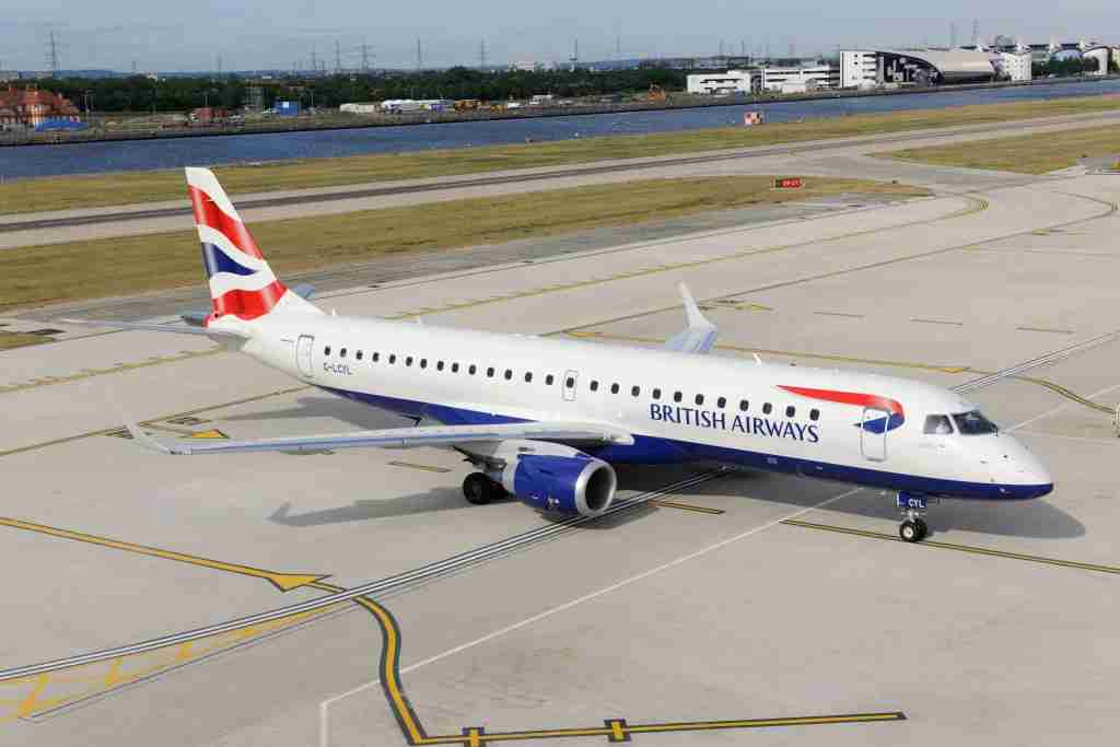 British Airways BA CityFlyer Embraer 190LR taxiing at London City. (Photo by: Aviation-images.com/Universal Images Group via Getty Images)