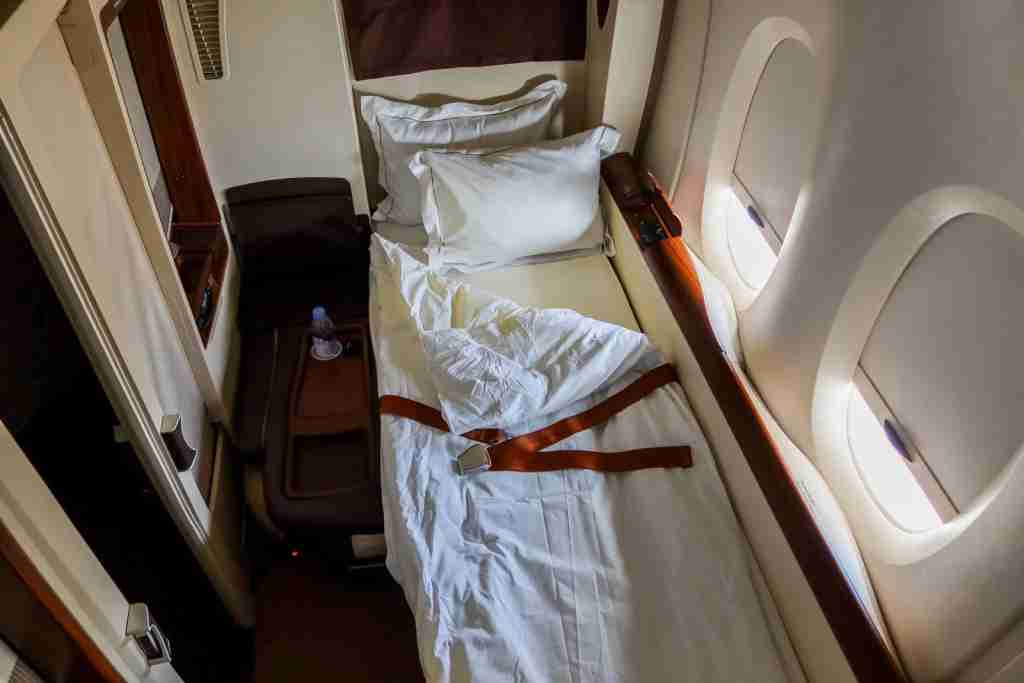 What Are The Differences Between Business Class And First Class