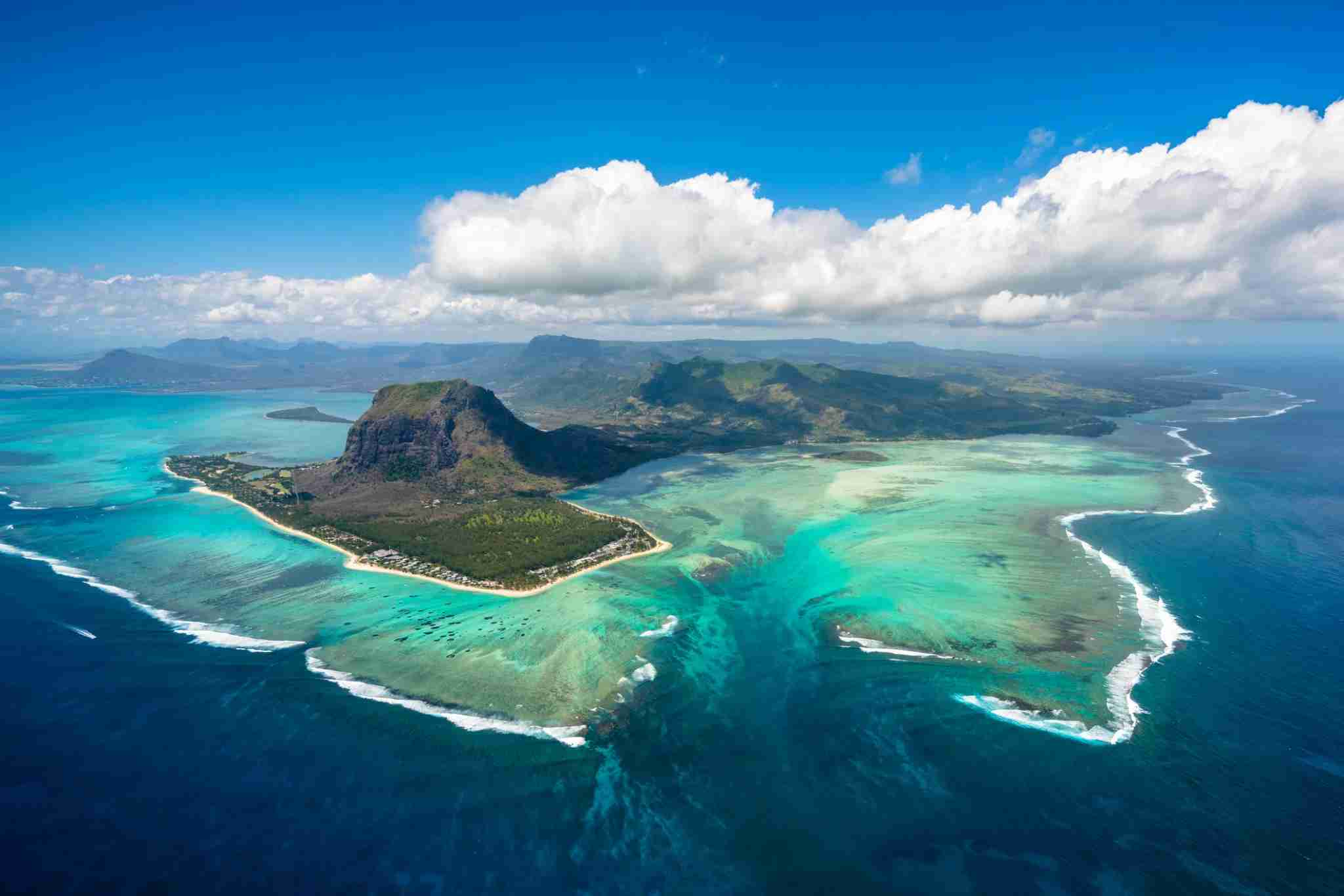 The turquoise waters of Mauritius (Photo by Norbert Figueroa/EyeEm via Getty Images)