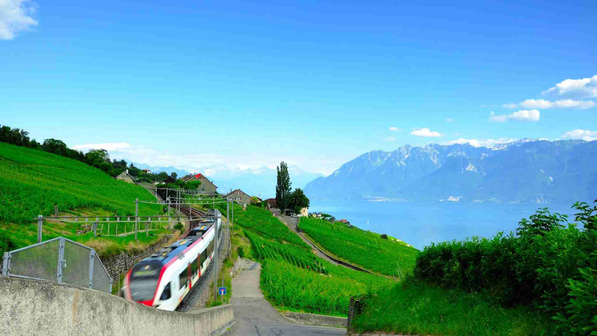 Lausanne is near the lake Geneva, there have beautiful hills (Photo by