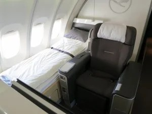 Is Lufthansa First Class That Much Better Than Business Class The Points Guy Uk