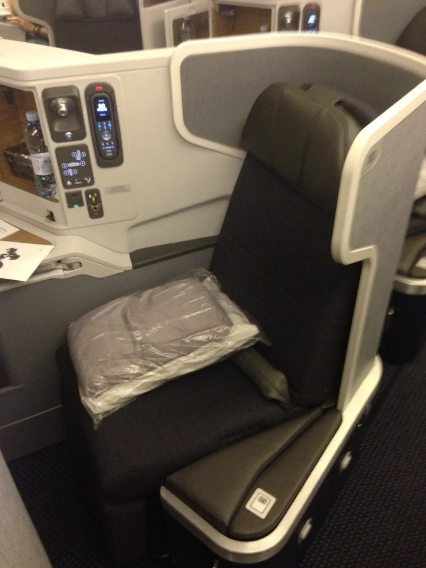 Flight Review American Airlines 777 300 New Business