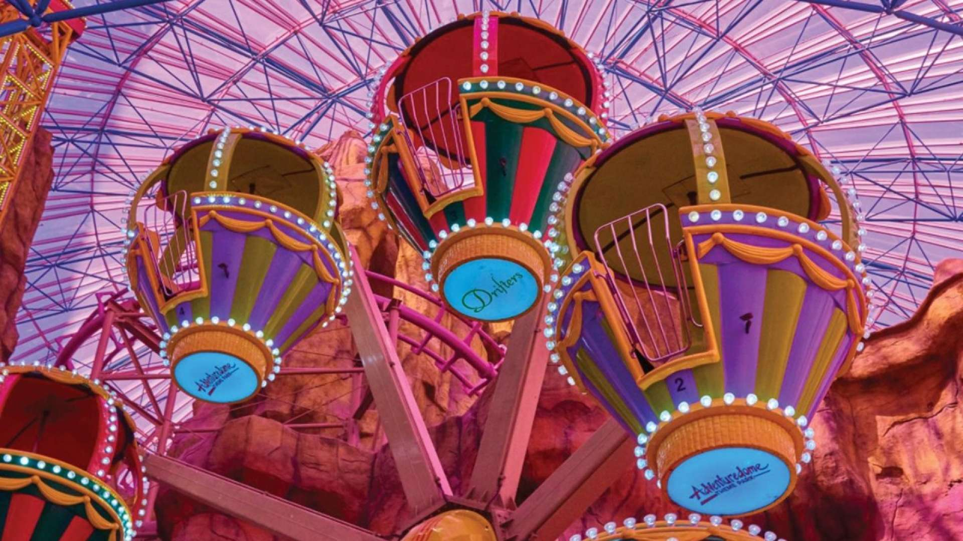 (Photo courtesy of Circus Circus Adventuredome)