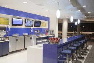 Delta SkyClub Lounge at LAX