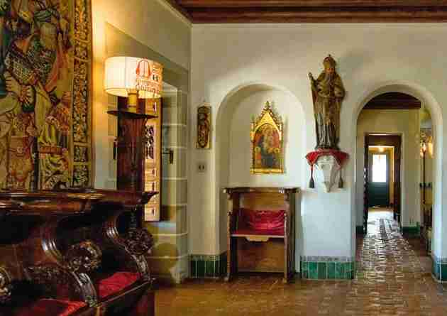 Designed by architect George Washington Smith, Casa del Herrero is full of Spanish Colonial-Revival details and the owner