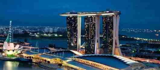 The Marina Bay Sands is famous for its rooftop infinity pool