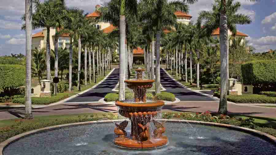 The Ritz-Carlton Golf Resort in Naples, Florida is one Tier 2 property that will give you a lot of bang for your buck when it comes to redeeming your 140,000-point sign-up bonus.