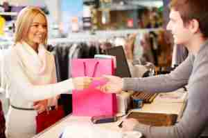 Which card is best for non-bonus merchants like clothing stores?