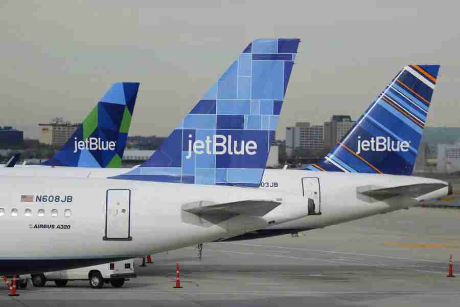 JetBlue set to end partnership with Amex. Photo courtesy of Shutterstock