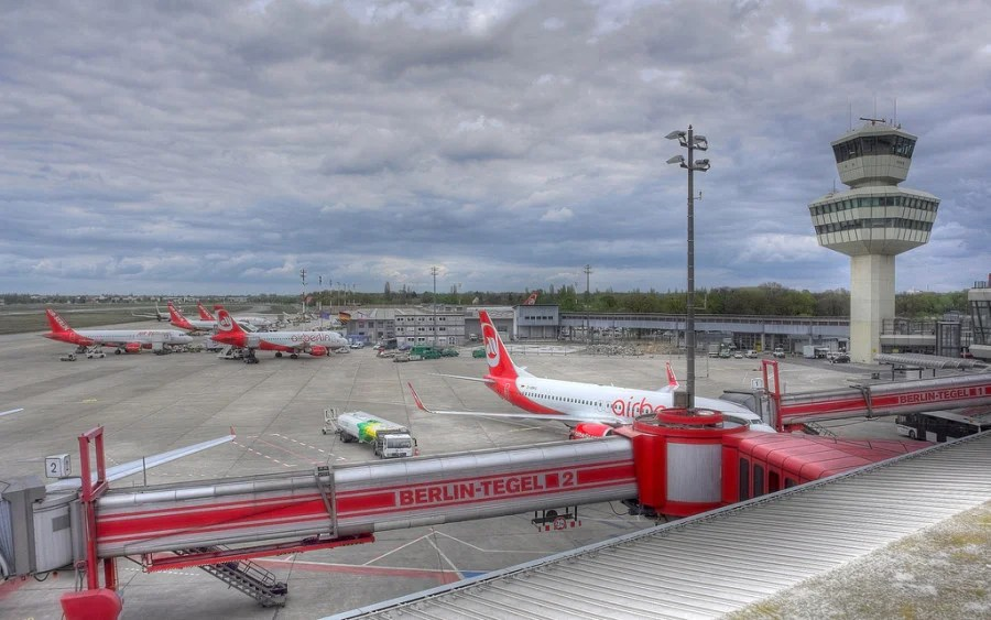 Plane-spotting at Tegel (photo courtesy of NervousEnergy on Flickr)